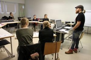 Työpajoissa availtiin gradun solmukohtia. (c) Kalevi Koslonen.